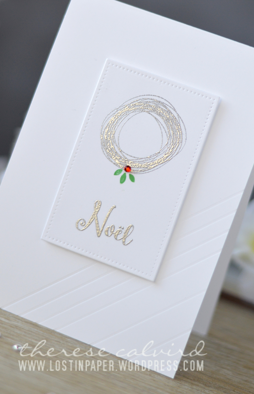 lostinpaper-penny-black-lets-chat-avery-elle-christmas-florals-christmas-card-video-2